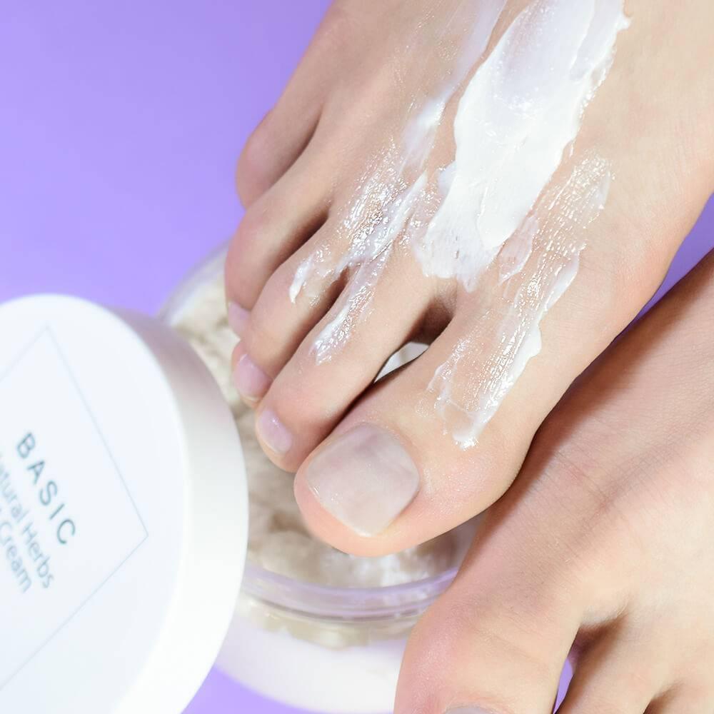 Освежающий крем для ног с натуральными травами, 50 мл - превью